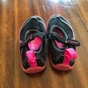 Speedo Shoes - Speedo swimming shoes